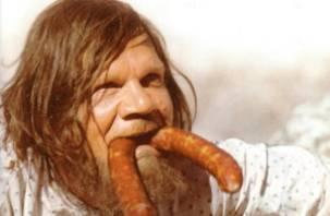 На мясокомбинате в Смоленске украли колбасу на 670 тысяч рублей
