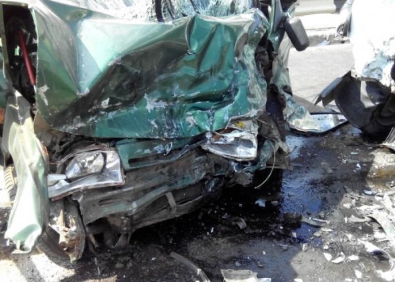 В ДТП в Сафонове погибли два человека