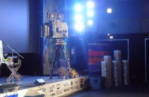 Открытие и закрытие кинофестиваля «Золотой Феникс» будут платными