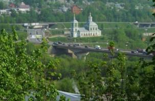 Движение по Крестовоздвиженскому мосту будет ограничено