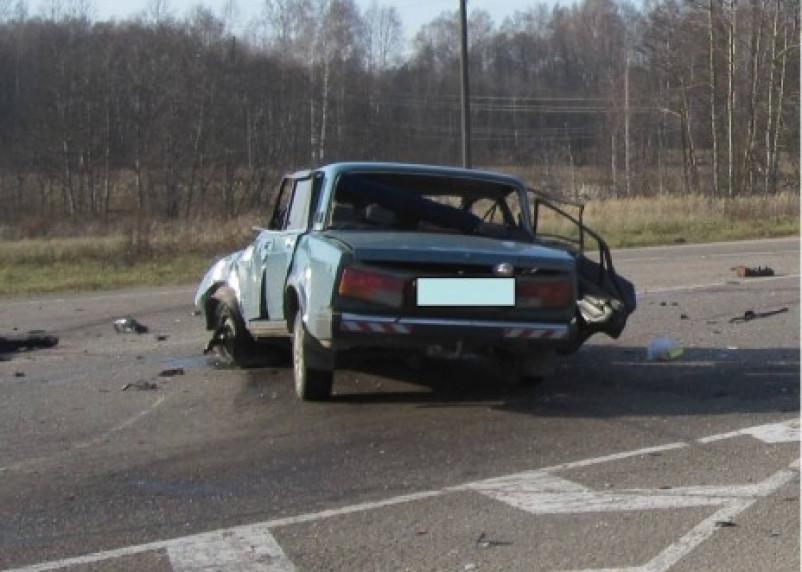 В Ельнинском районе в страшной аварии погибли 3 человека
