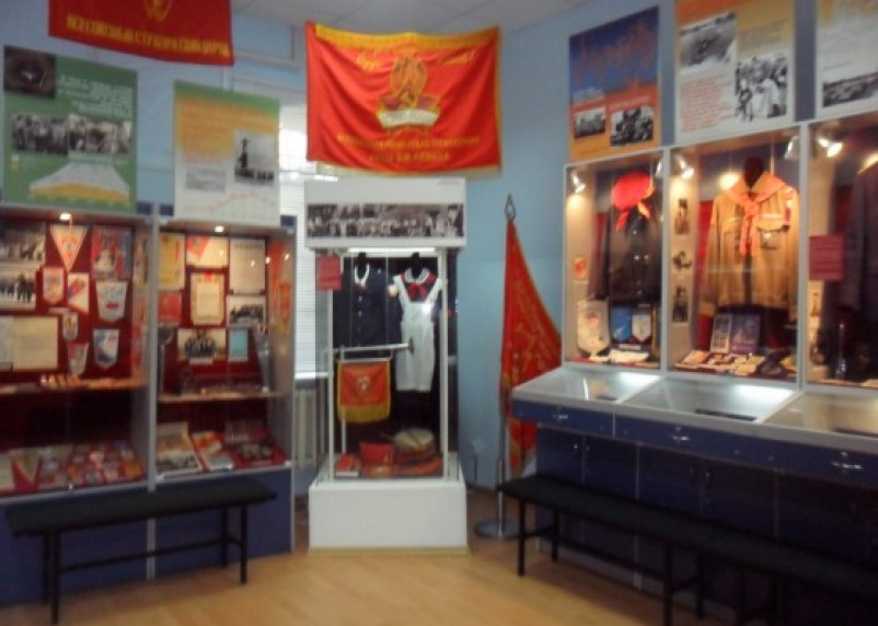 Сегодня в Смоленске можно бесплатно посетить выставку комсомола