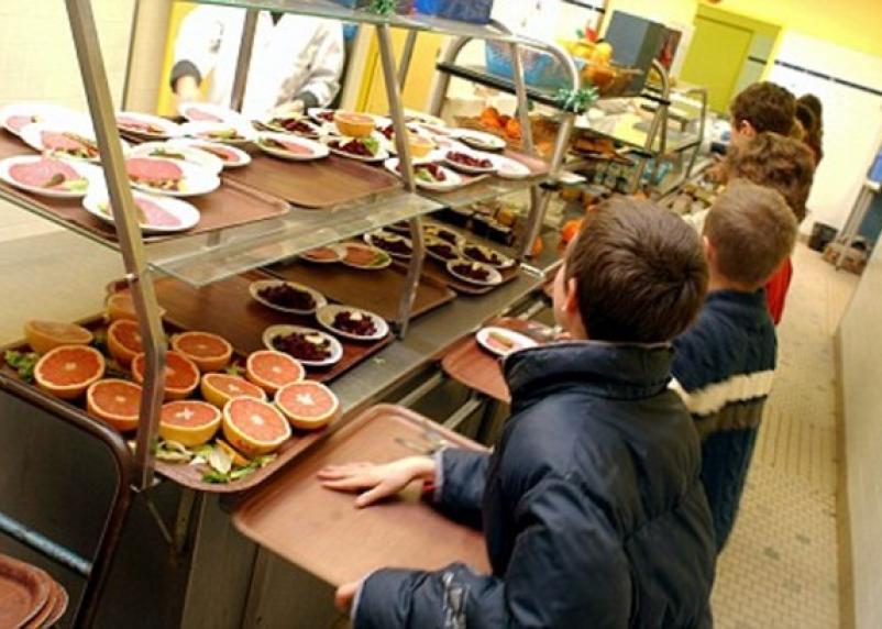 Школьное питание подорожает для смоленского бюджета
