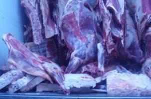 Через Смоленщину не пропустили 14 тонн говядины и 17 тонн овощей