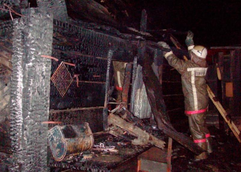 В Ельне сгорел трехквартирный дом, а в Гагарине — 250 тонн сена