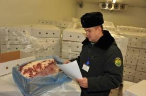 Смоленские таможенники не пропустили польское мясо в РФ