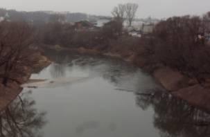 На реке Днепр вновь образовались песчаные наносы
