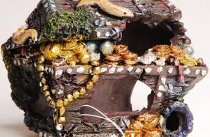 Житель Гагарина украл у своей возлюбленной украшения и деньги