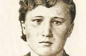 В Руднянском районе появится памятник военной медсестре Ксении Константиновой