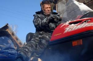 Смоленские сельские участковые обзавелись снегоходами, машинами и моторными лодками