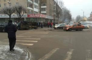 В ДТП с маршруткой в Смоленске пострадали люди