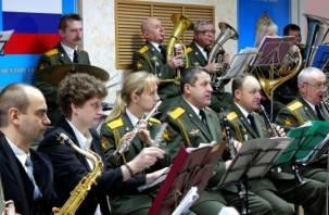 В Смоленске отметили 99-летие войсковой ПВО