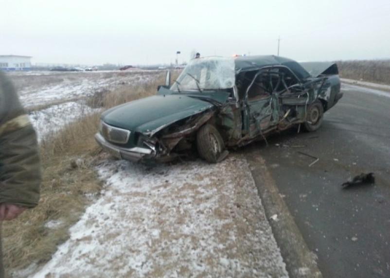 В Сафоновском районе столкнулись автомобиль и автобус