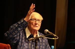 В Смоленске прошла творческая встреча поэта Евгения Евтушенко
