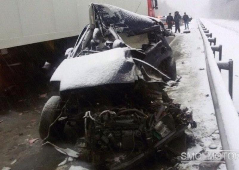 На дороге в Ярцевском районе разбилась 37-летняя смолянка