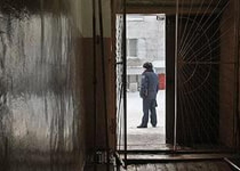 Житель Рославля, обливший бензином и поджегший жену, осужден на 11 лет