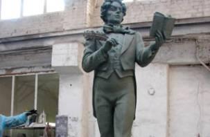 В Смоленске сделали памятник Козьме Пруткову для Архангельска