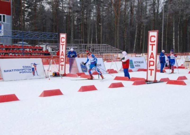В Смоленской области стартовали соревнования по биатлону