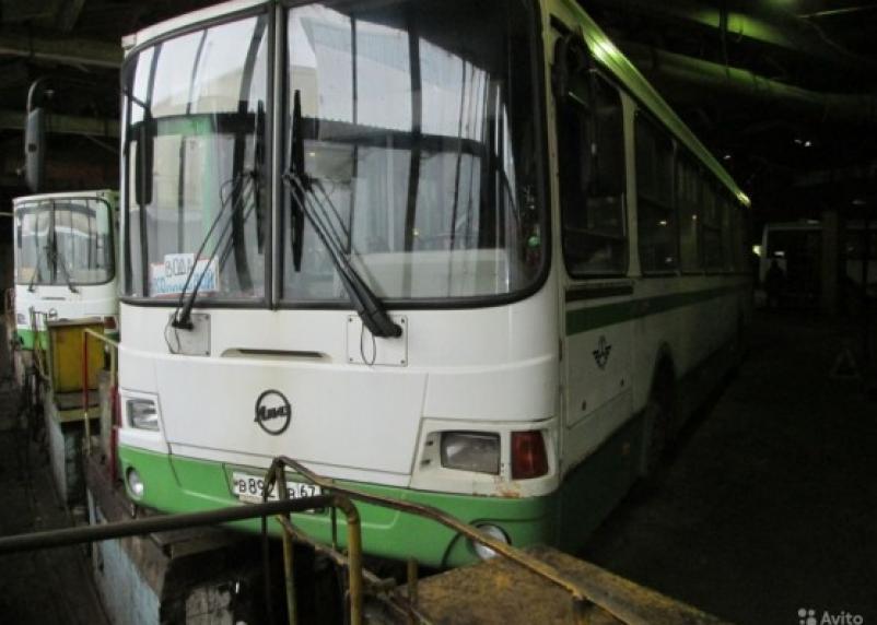 Автоколонна 1308 распродает автобусы