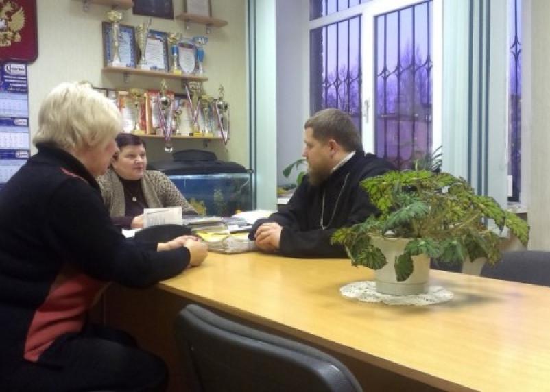 Смоленские священники будут принимать участие в родительских собраниях