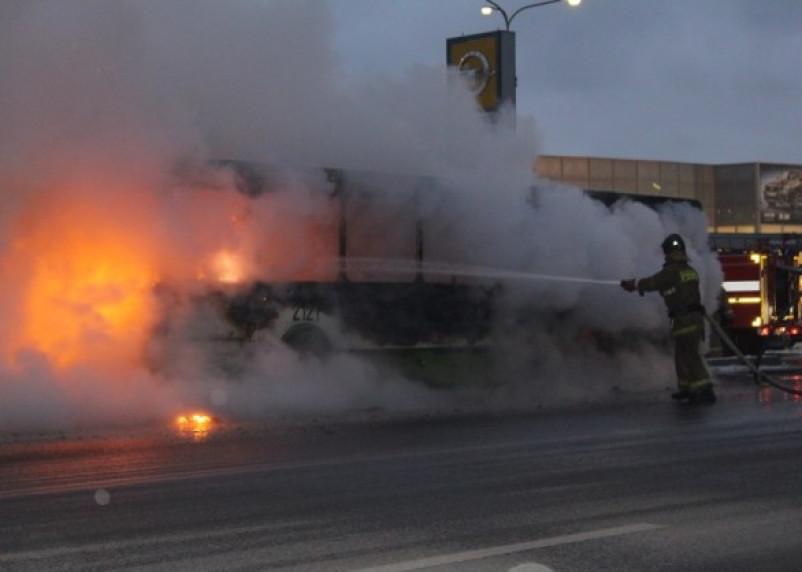 В Смоленской области загорелось два пассажирских автобуса
