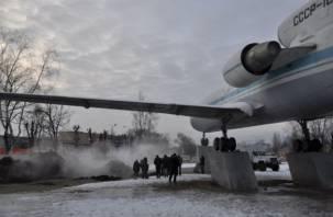 В Смоленске продолжают поиски места прорыва магистрального трубопровода