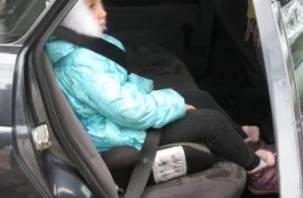 Сотрудники ГИБДД проверят, как смоляне перевозят детей-пассажиров