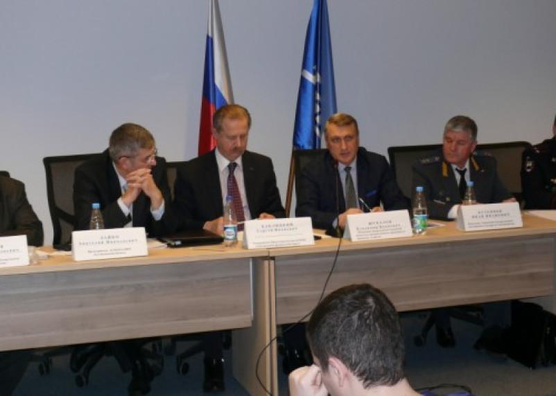 В Смоленской области отремонтируют 1,5 тысячи километров автодорог