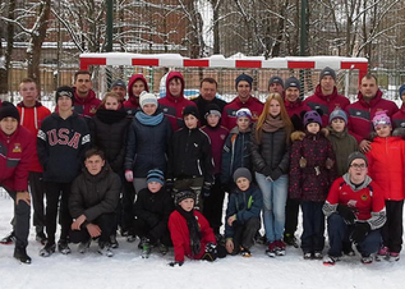 Смоленские футболисты посетили детский дом