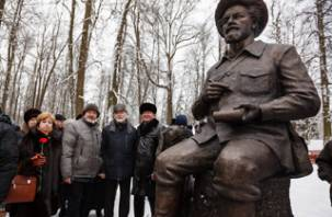В Смоленске сделали памятник писателю Пришвину для Сергиева Посада