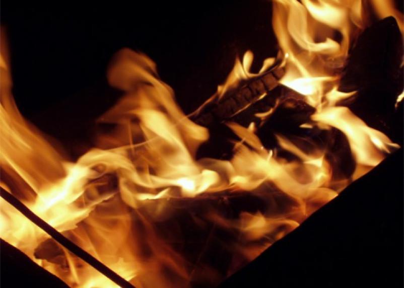 В Смоленске проводится проверка по факту гибели при пожаре двух людей