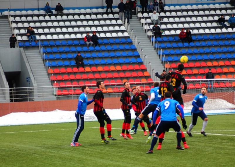 Смоляне начали футбольный турнир с победы