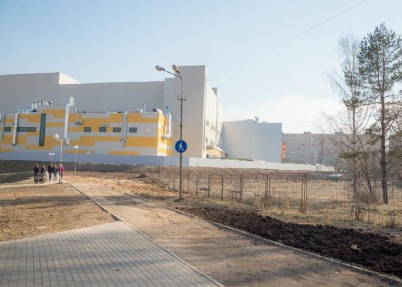 Коммунальщики добрались до парка 1100-летия Смоленска