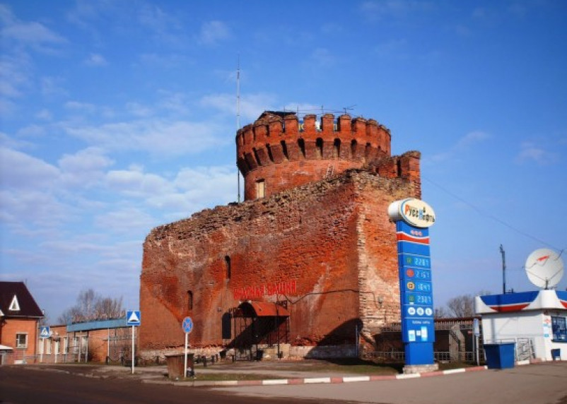 182 метра Смоленской крепостной стены сдают в аренду