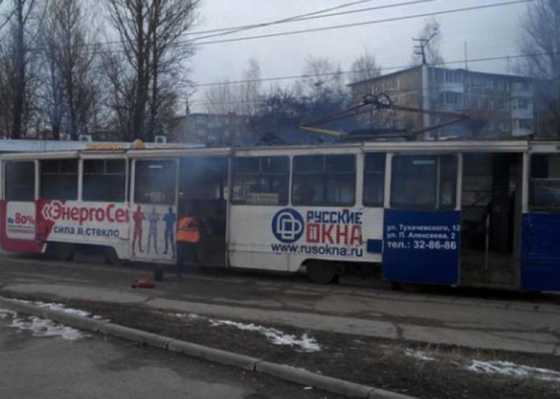 При пожаре в смоленском трамвае никто не пострадал