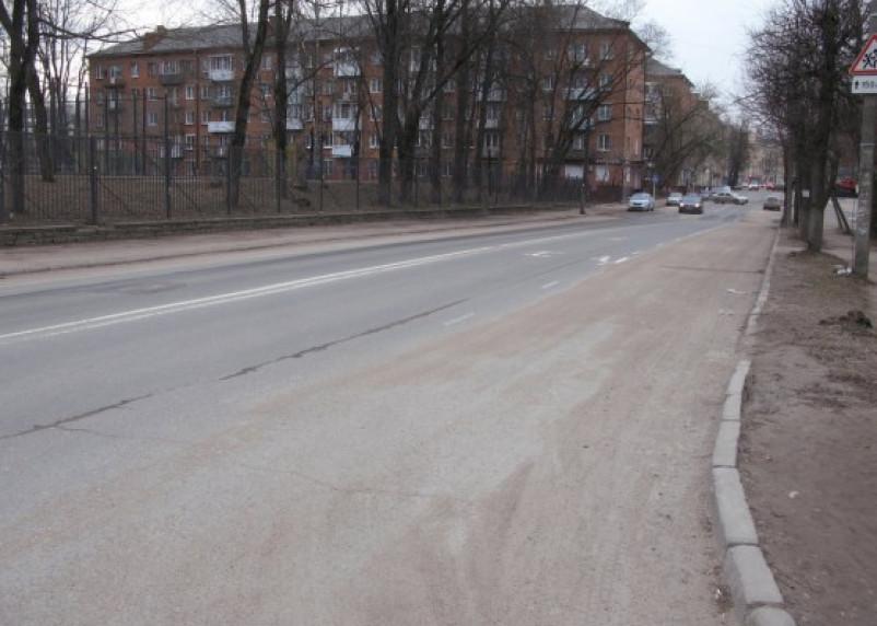Власти Смоленска обещают убрать город до конца недели