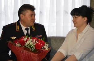 Приятный сюрприз на 8 марта для капитана милиции