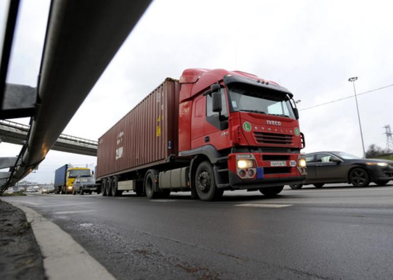 На один месяц будет ограничено движение на семи улицах Смоленска