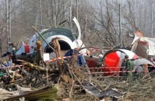 В кабине польского президентского самолета находились посторонние