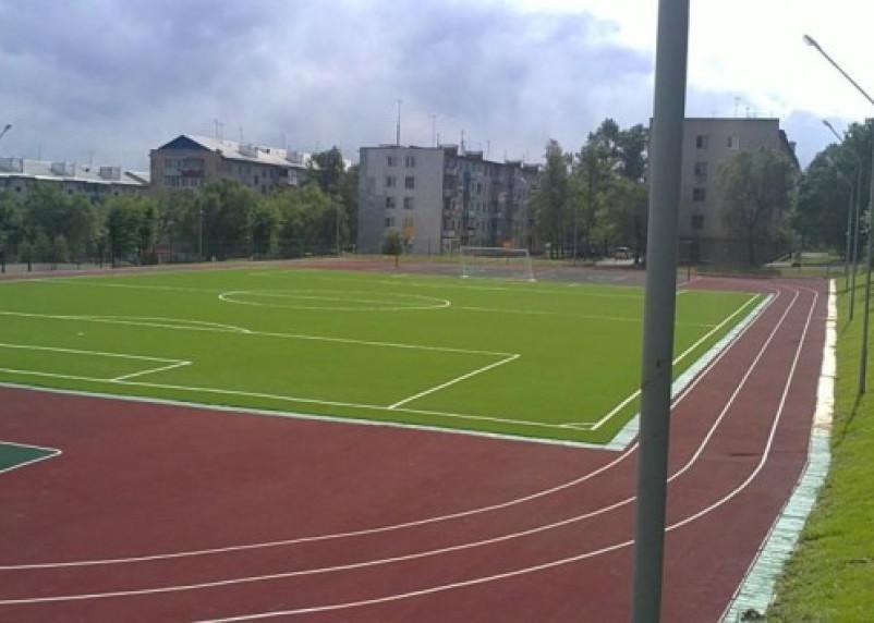 У смоленской школы построят современную спортплощадку