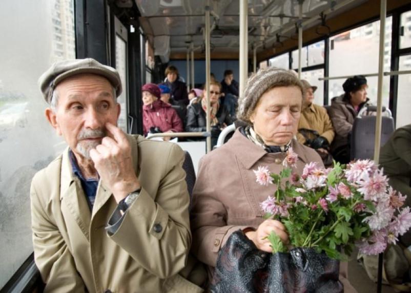 В Смоленске начали курсировать дачные автобусы