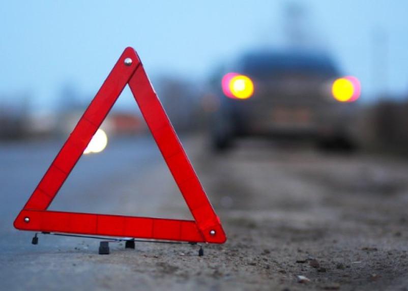 В Смоленской области легковушка столкнулась с автобусом