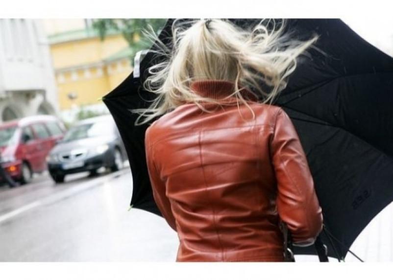 Погода в Смоленске останется ветреной и прохладной