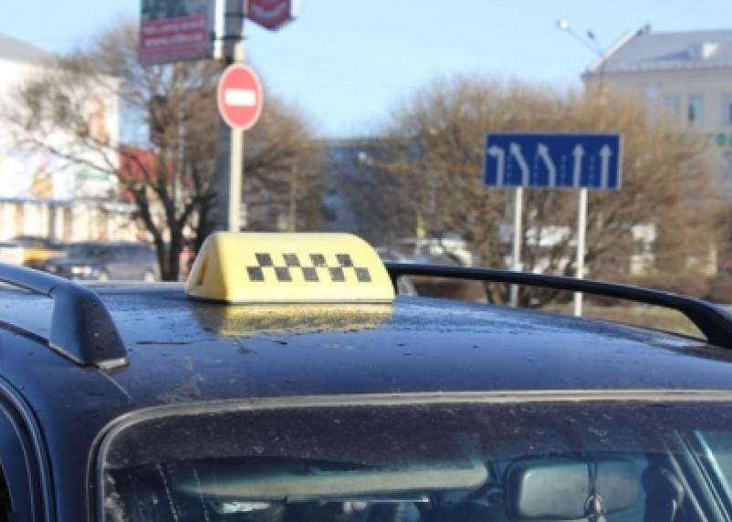 Смоленских таксистов проверят