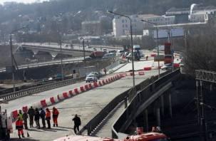 Движение по Крестовоздвиженскому мосту в Смоленске откроют 5 апреля