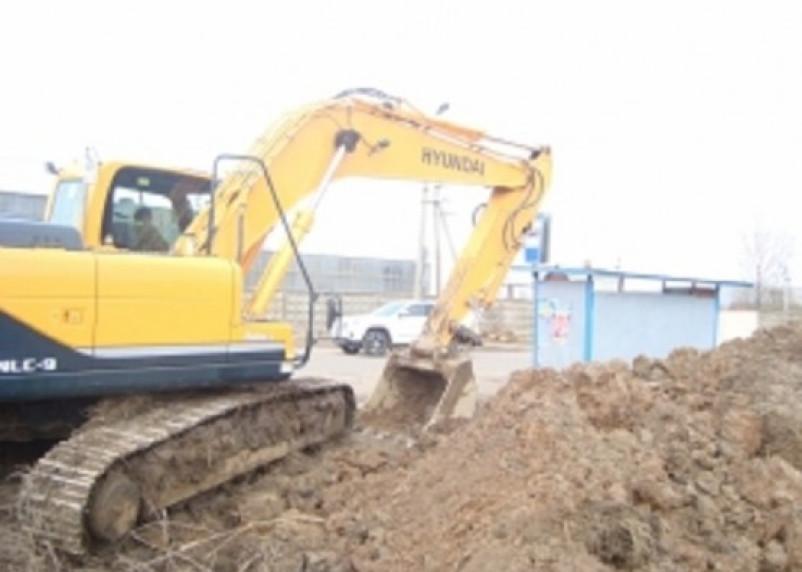 Авария на трубопроводе в Вязьме оставила без воды 725 жилых дома