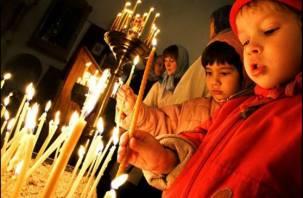 Пасхальные богослужения в Смоленской области прошли без происшествий