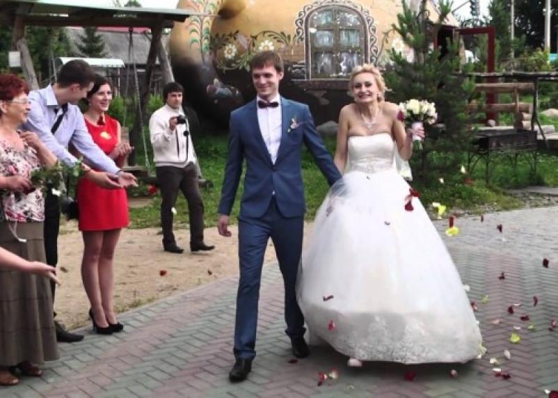 В Смоленске стало меньше браков, но больше рождений