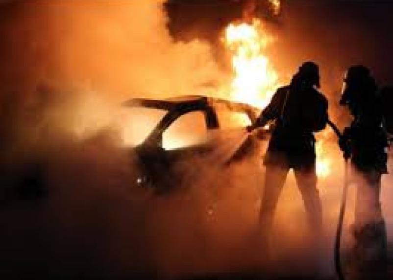 В Смоленской области из-за детской шалости сгорел автомобиль