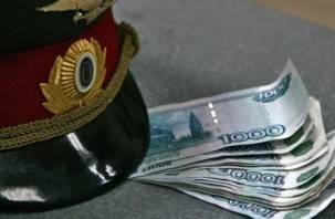 За взятку следователь и адвокат из Гагарина пойдут под суд